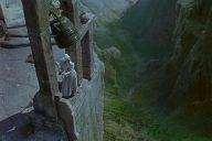 Portrait croisé : Pique-nique à Hanging Rock et Le Narcisse noir