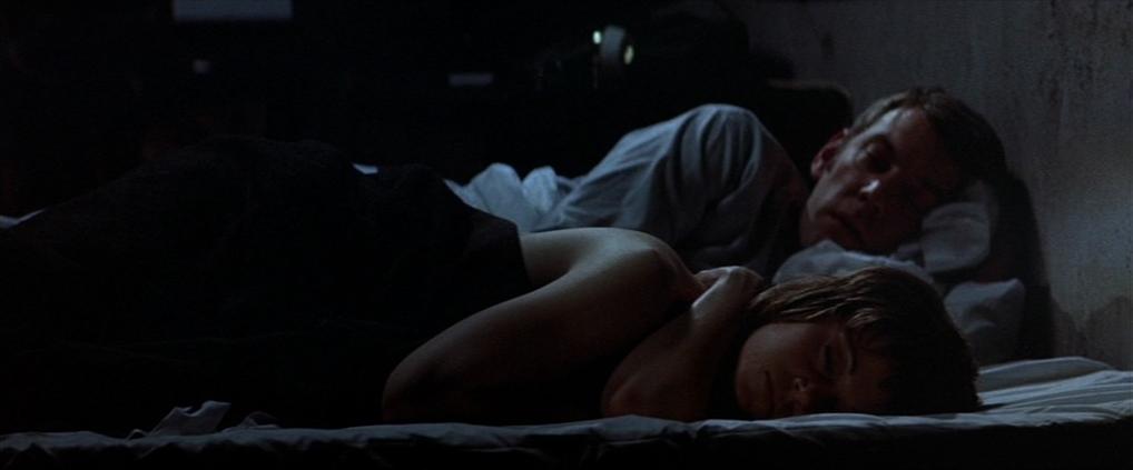 "Donald Sutherland et Jane Fonda dans ""Klute"""
