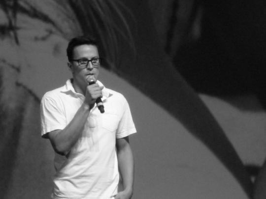 "Cary Joji Fukunaga présente son film ""Sin Nombre"" au Centre International de Deauville."