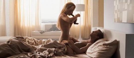 "Amber Heard et Jon Foster dans ""The Informers"""