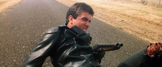 "Mel Gibson dans ""Mad Max"""