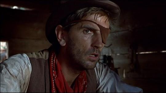 """Harry Dean Stanton dans """"L'Ouragan de la Vengeance"""""""