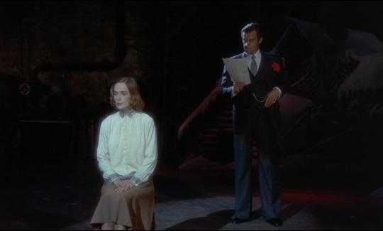 """Silvia Badescu et Jean-Paul Belmondo dans """"Stavisky"""""""