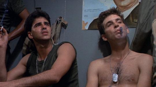 "Bobby di Cicco et Robert Carradine dans ""Au-delà de la gloire"""