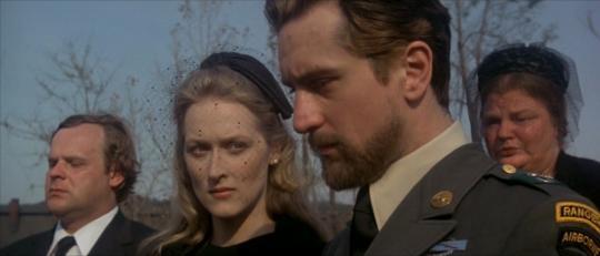 """Meryl Streep et Robert de Niro dans """"Voyage au bout de l'enfer"""""""