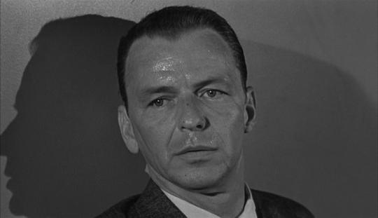 """Frank Sinatra dans """"Un crime dans la tête"""""""