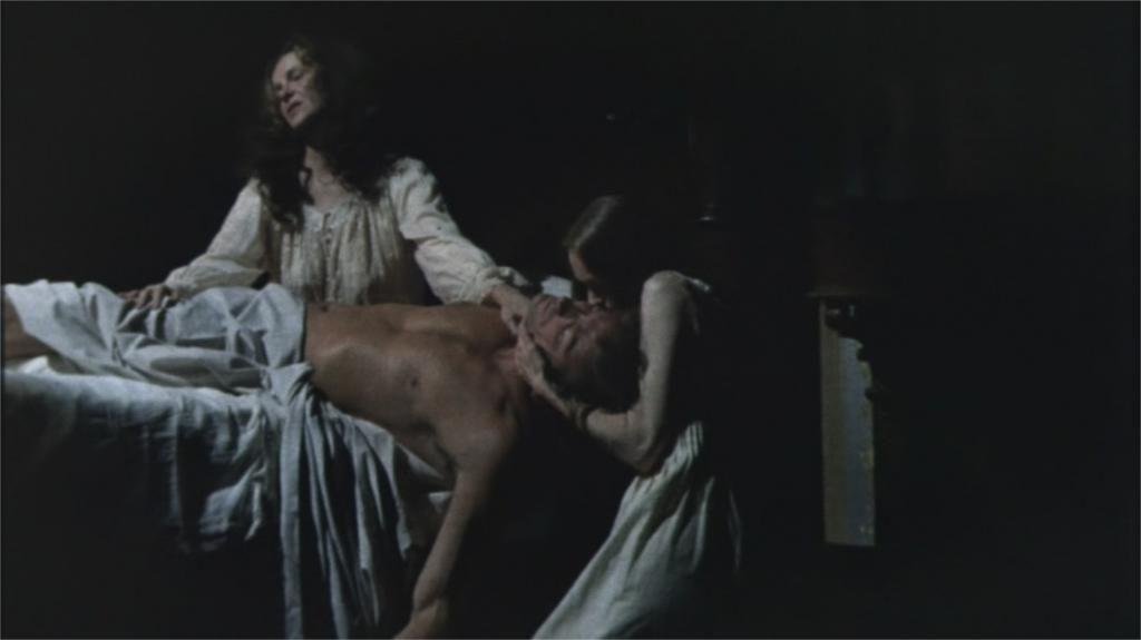 """Geraldine Page, Elizabeth Hartman et Clint Eastwood dans """"Les Proies"""""""