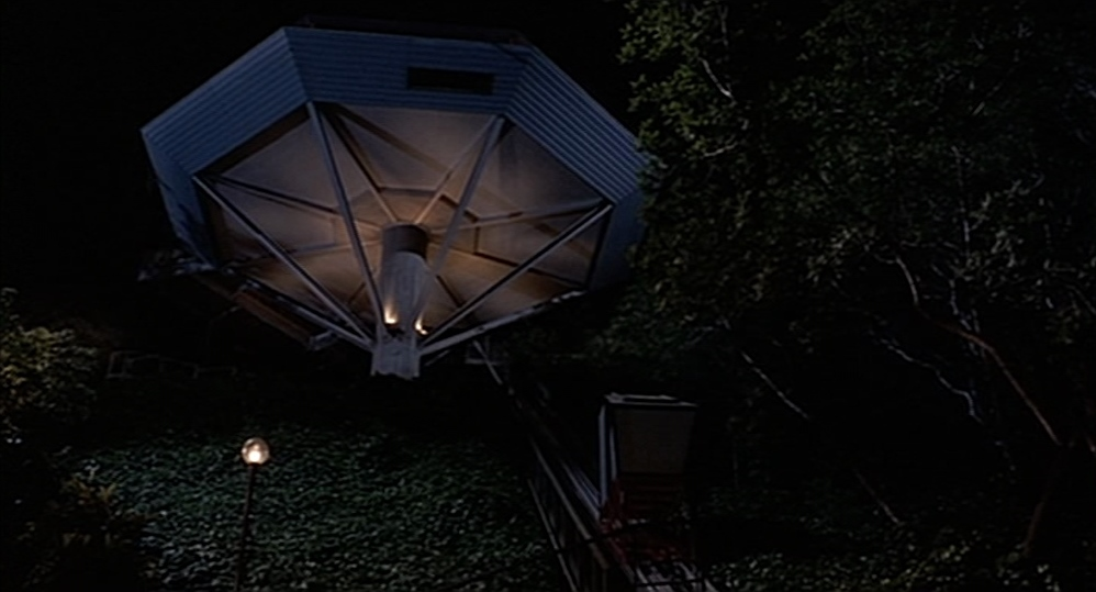 "La Chemosphere dans ""Body Double"""