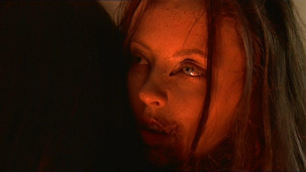 "Katharine Isabelle dans ""Ginger Snaps"""