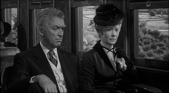 """James Stewart et Vera Miles dans """"L'Homme qui tua Liberty Valance"""""""