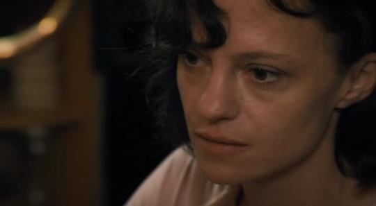 "Angela Bettis dans ""The Woman"""