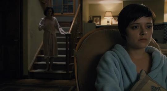 """Lauren Ashley Carter et Angela Bettis dans """"The Woman"""""""