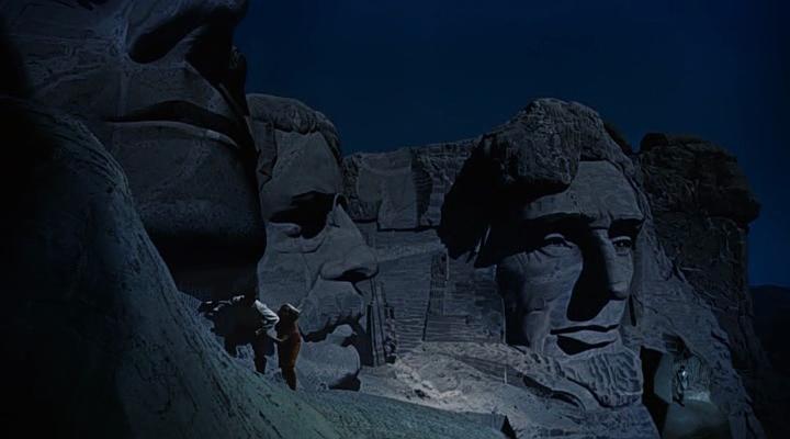 """La scène sur le mont Rushmore, dans """"La Mort aux trousses"""""""