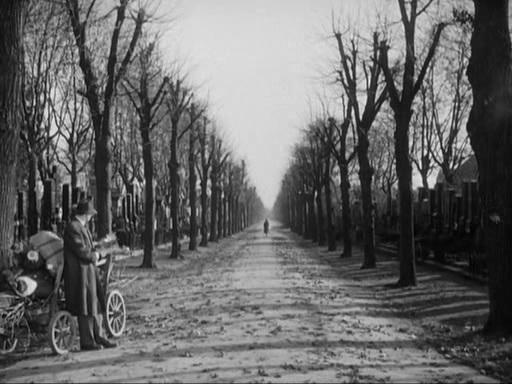 """Joseph Cotten dans le dernier plan du """"Troisième homme"""""""