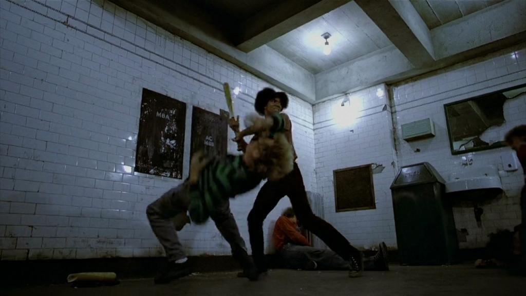 """Brian Tyler dans """"Les Guerriers de la nuit"""" (""""The Warriors"""")"""