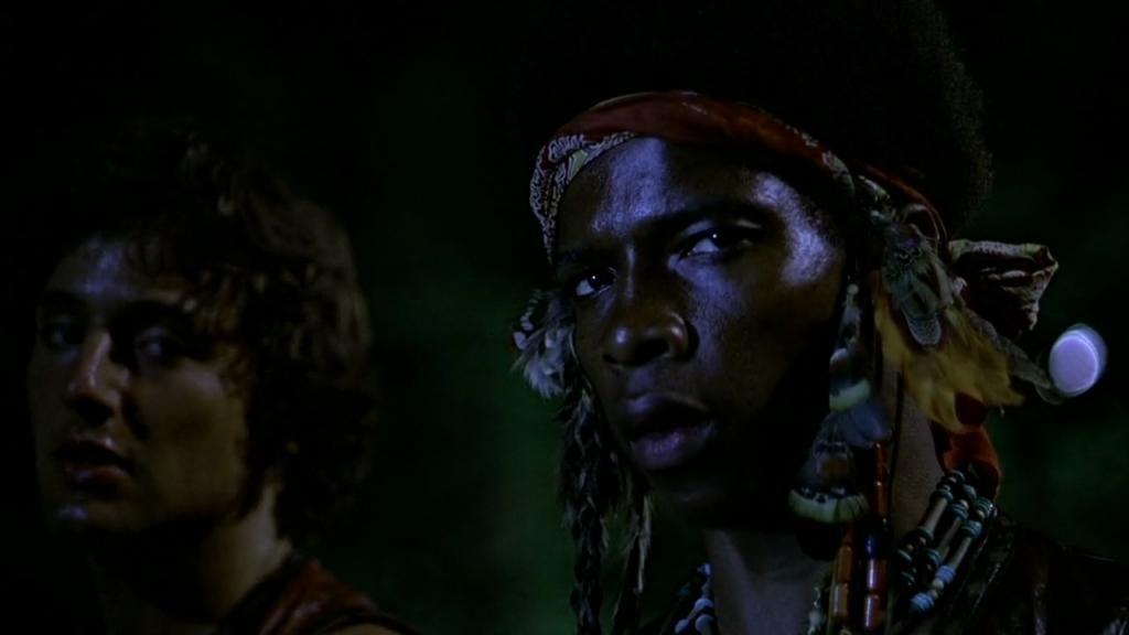 """David Harris et Terry Michos dans """"Les Guerriers de la nuit"""" (""""The Warriors"""")"""