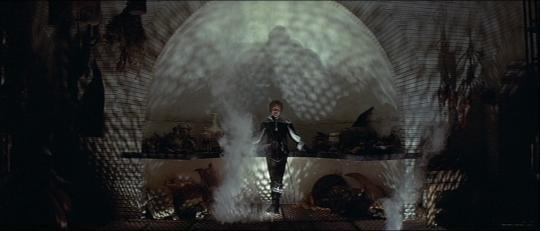 """Dudley Sutton dans """"Les Diables"""""""