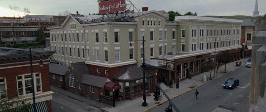 "L'hôtel Yankee Pedlar Inn dans ""The Innkeepers"""