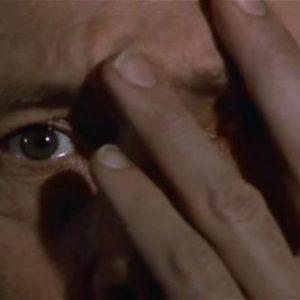 "David Carradine dans ""L'œuf du serpent"""