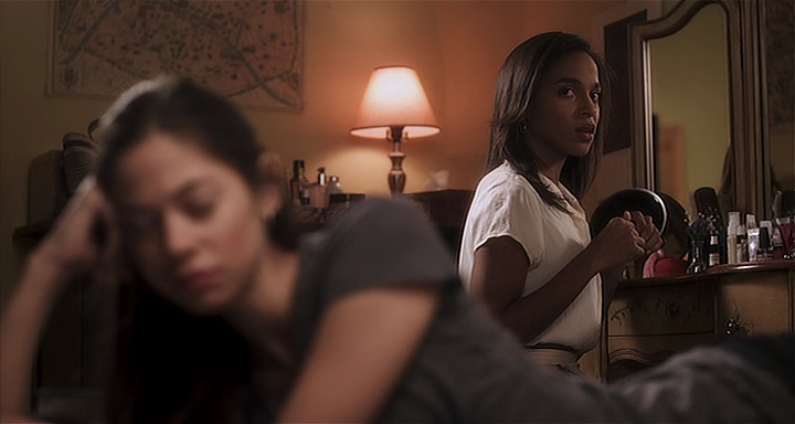 "Analeigh Tipton et Megalyn Echikunwoke dans ""Damsels in Distress"""