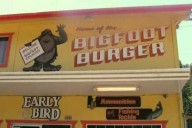 """Le Bigfoot Burger dans """"Willow Creek"""""""