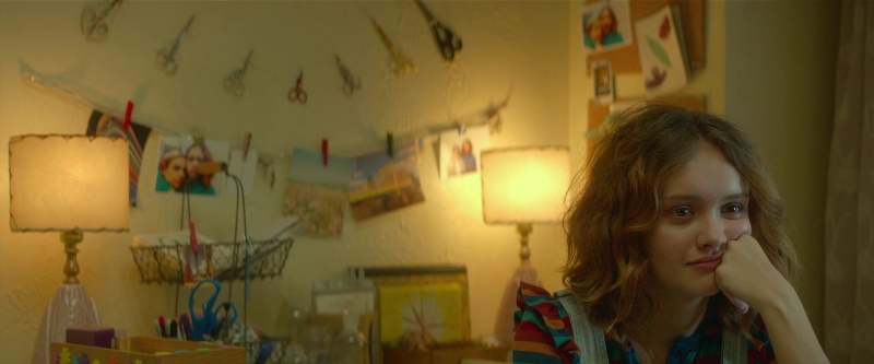 "Olivia Cooke dans ""This Is Not a Love Story"""