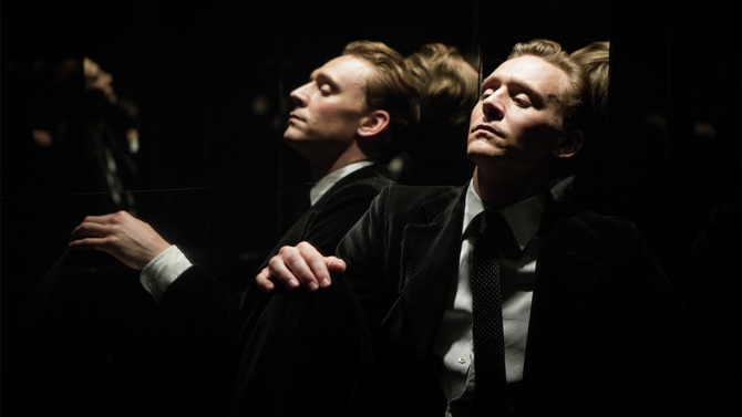 "Tom Hiddleston dans ""High-Rise"""