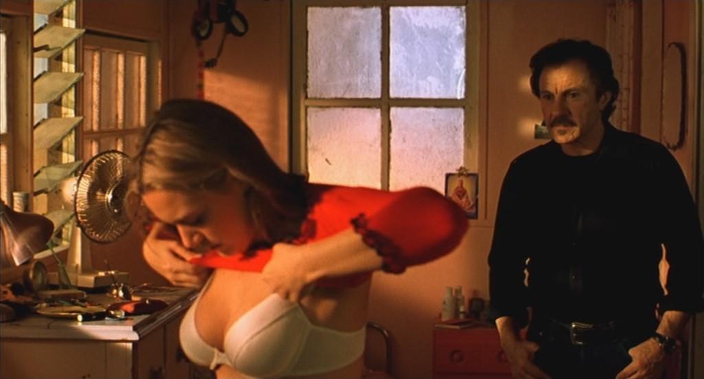 "Kate Winslet et Harvey Keitel dans ""Holy Smoke"""