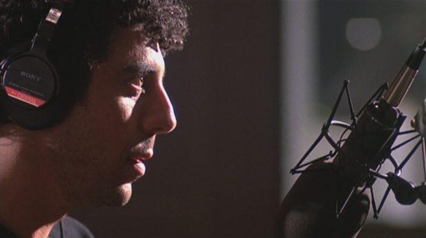 "Eric Bogosian dans ""Talk Radio"""