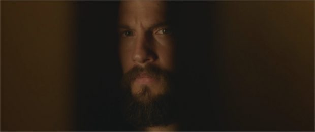 "Logan Marshall-Green dans ""The Invitation"""