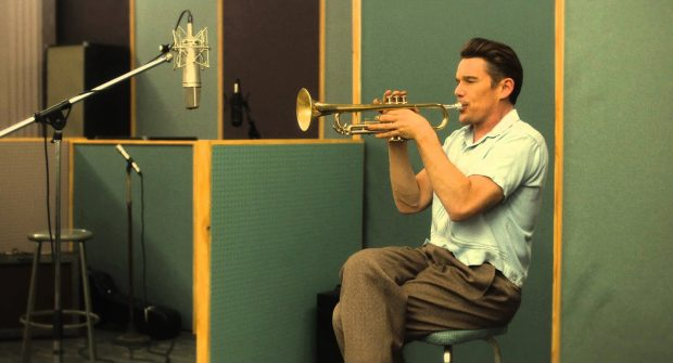 "Ethan Hawke dans ""Born to Be Blue"", le biopic sur Chet Baker"
