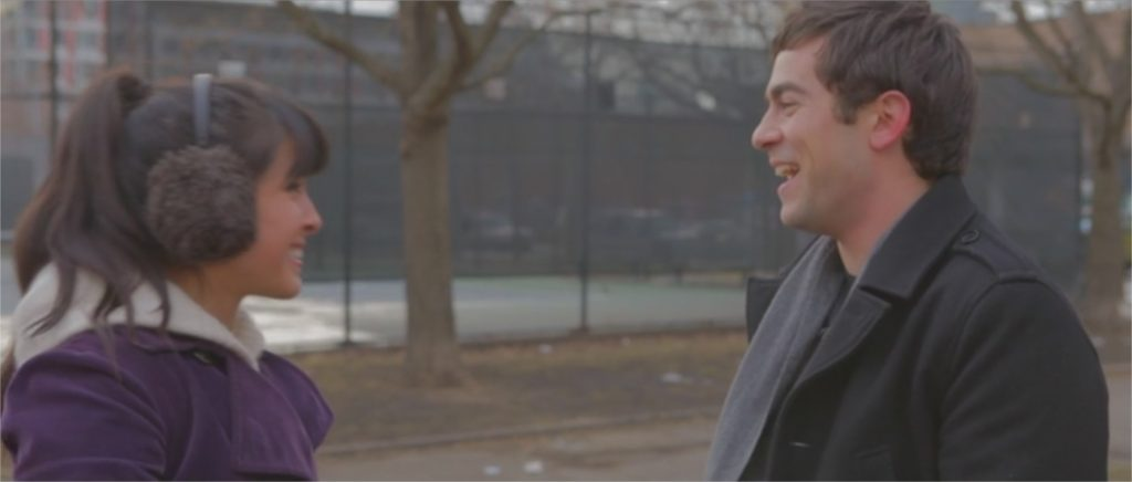 "Margaret Ying Drake et Evan Dumouchel dans ""They Look Like People"""