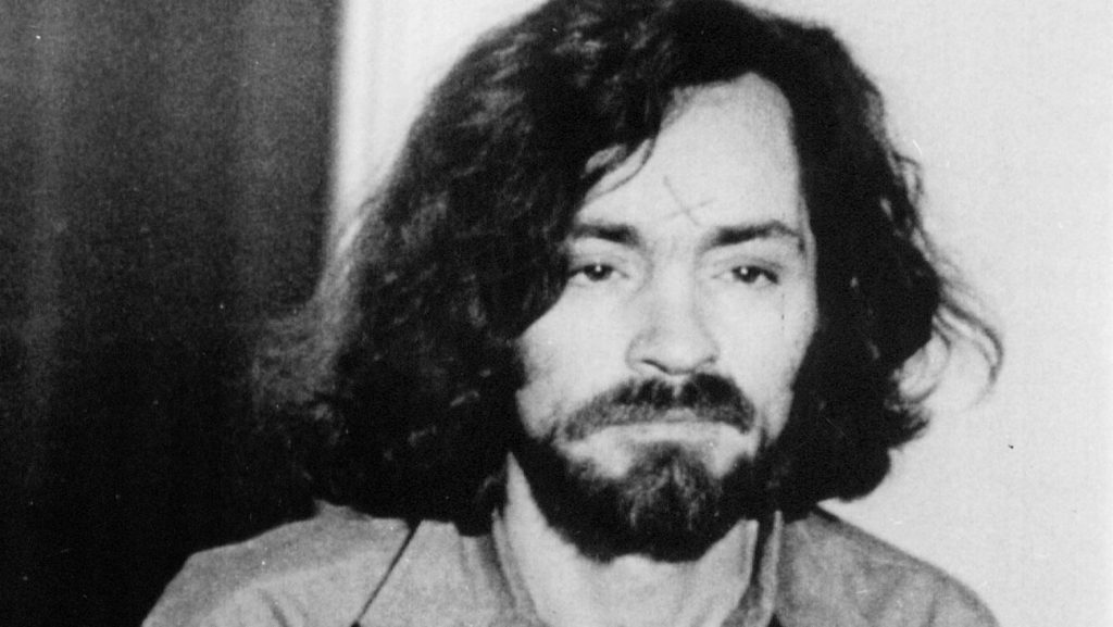 Charles Manson pendant son procès en 1971