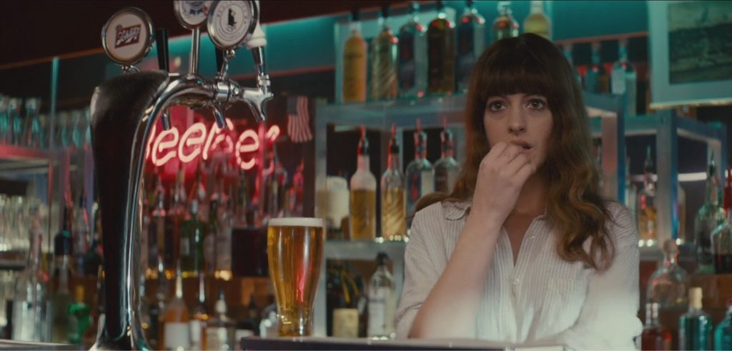 "Anne Hathaway dans ""Colossal"""