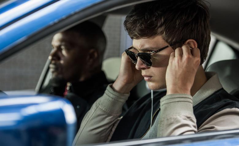 "Ansel Elgort et Jamie Foxx dans ""Baby Driver"""
