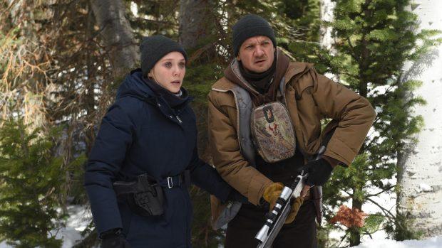 """Elizabeth Olsen et Jeremy Renner dans """"Wind River"""""""
