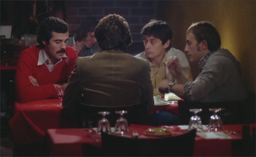 """Xavier Saint-Macary, Bernard Crombey (de dos), Patrick Bouchitey et Étienne Chicot dans """"Le Plein de super"""""""