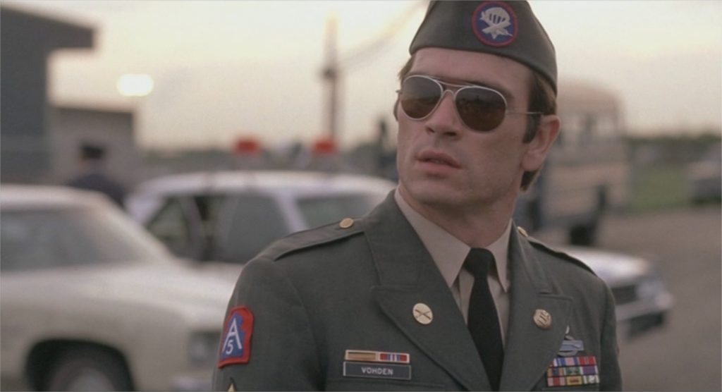 "Tommy Lee Jones dans ""Rolling Thunder"""