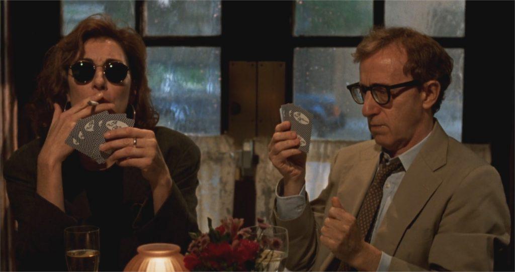 "Angelica Huston et Woody Allen dans ""Meurtre mystérieux à Manhattan"""