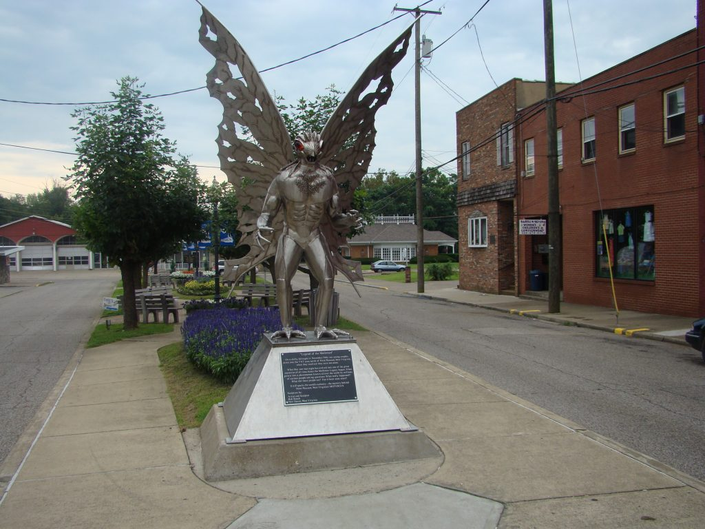 La statue du Mothman, à Point Pleasant (Virginie Occidentale)