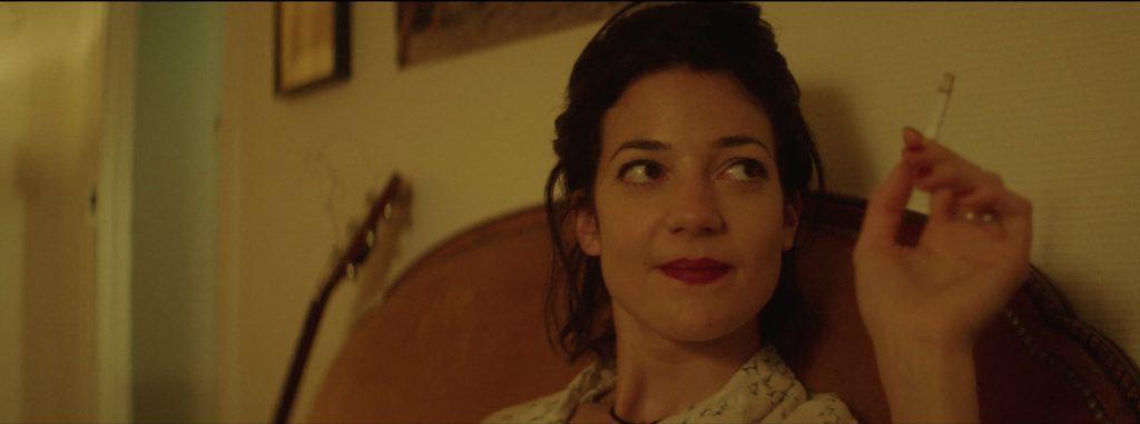 """Esther Garrel dans """"C'est qui cette fille ?"""""""