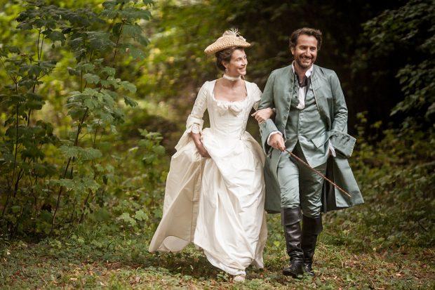 """Cécile de France et Édouard Baer dans """"Mademoiselle de Joncquières"""""""