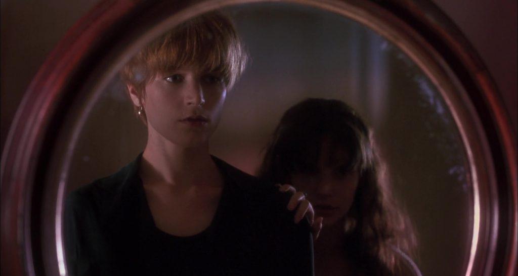 """Bridget Fonda et Jennifer Jason Leigh dans """"JF partagerait appartement"""""""