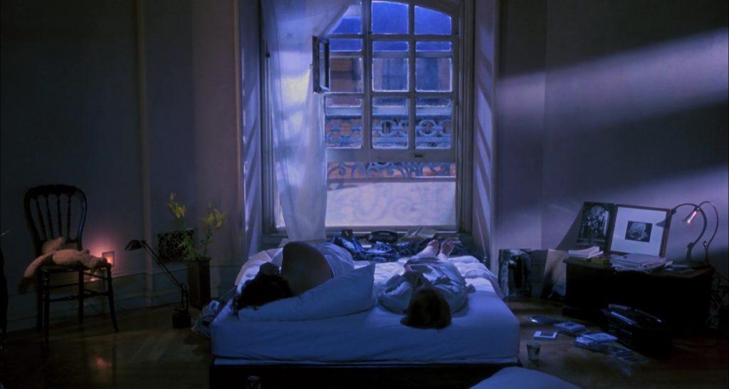 """Steven Weber et Bridget Fonda dans """"JF partagerait appartement"""""""