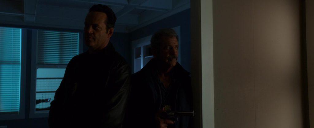 """Vince Vaughn et Mel Gibson dans """"Dragged Across Concrete"""""""