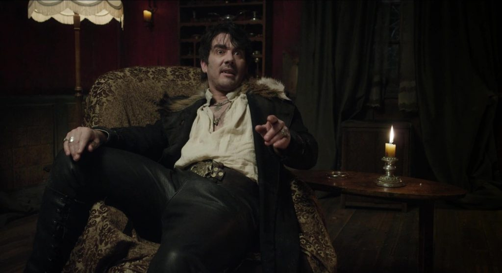 Jonathan Brugh dans What We Do in the Shadows